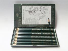 Grafitové tužky Faber-Castel 12ks v plechu